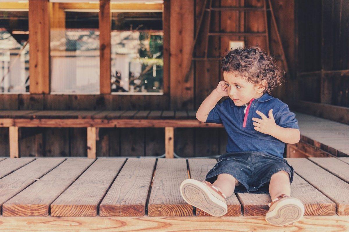 嬰兒學步鞋也屬於bb用品,該如何來挑選呢?